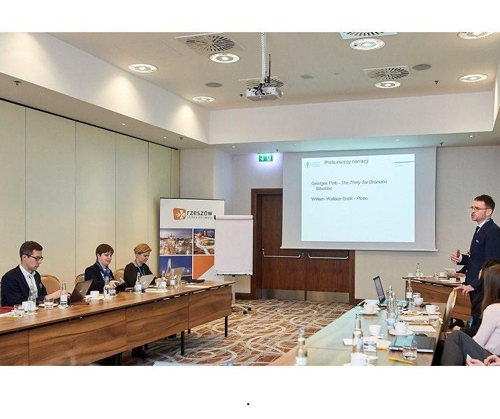 Sesja naukowa pt. kryzys wizerunkowy i media 20.04.